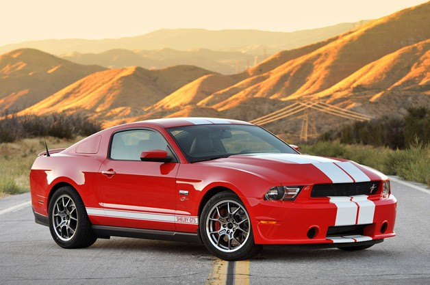 2011-shelby-gts-review-1353348664